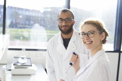 Succesvolle bedrijfsstages lerarenopleidingen natuur- en scheikunde van Windesheim bij de Vrienden van Techniek